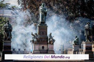 Causas y Principales Características de la Reforma Protestante