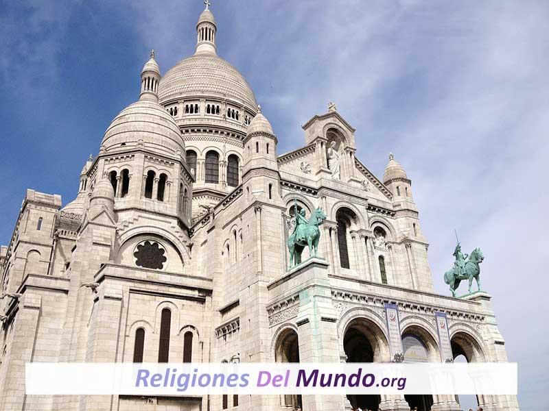diferencia entre basílica y catedral